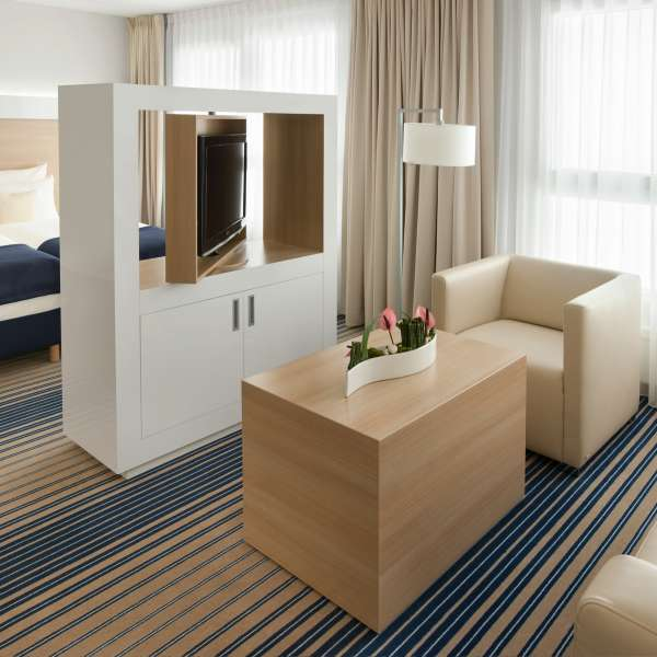 Welcome Hotel Frankfurt Junior Suite 03